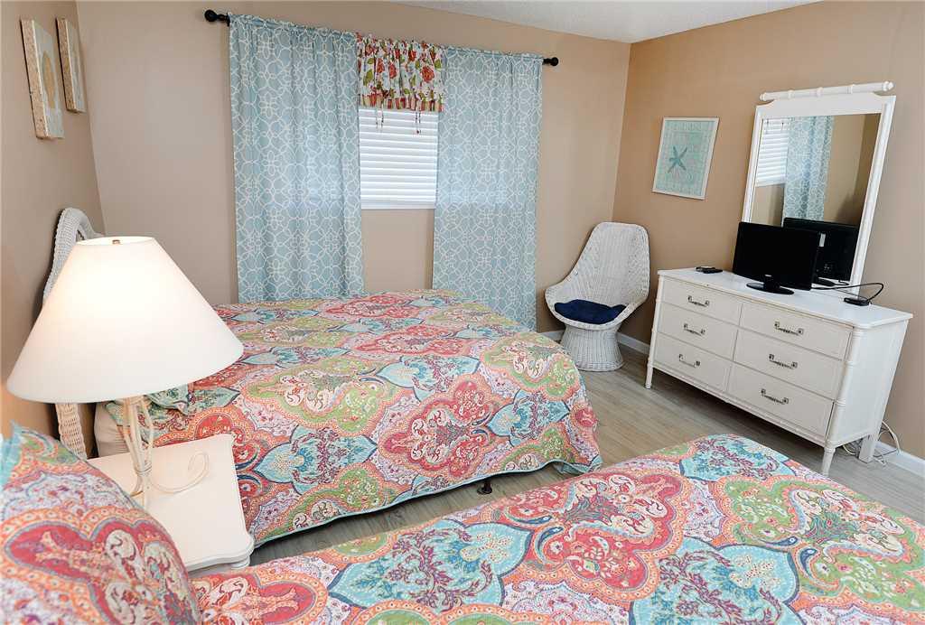 Regency 712 2 Bedrooms Beachfront Wi-Fi Pool Sleeps 8 Condo rental in Regency Towers in Panama City Beach Florida - #16