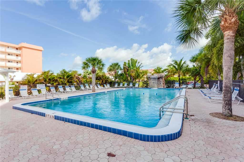 Riviera Club 706 2 Bedrooms Ocean Front Elevator Heated Pool Sleeps 6 Condo rental in Riviera Club in Fort Myers Beach Florida - #3