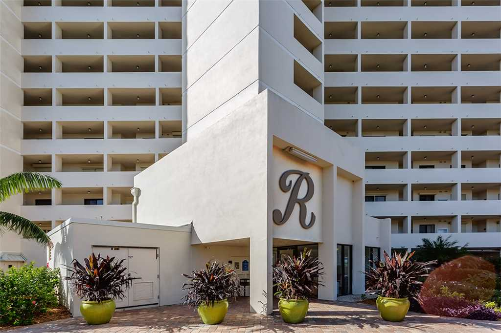 Riviera Club 706 2 Bedrooms Ocean Front Elevator Heated Pool Sleeps 6 Condo rental in Riviera Club in Fort Myers Beach Florida - #21