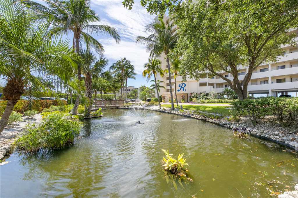Riviera Club 706 2 Bedrooms Ocean Front Elevator Heated Pool Sleeps 6 Condo rental in Riviera Club in Fort Myers Beach Florida - #33