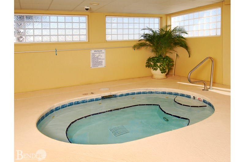 Royal Palms hot tub is the way to relax in Gulf Shores Alabama