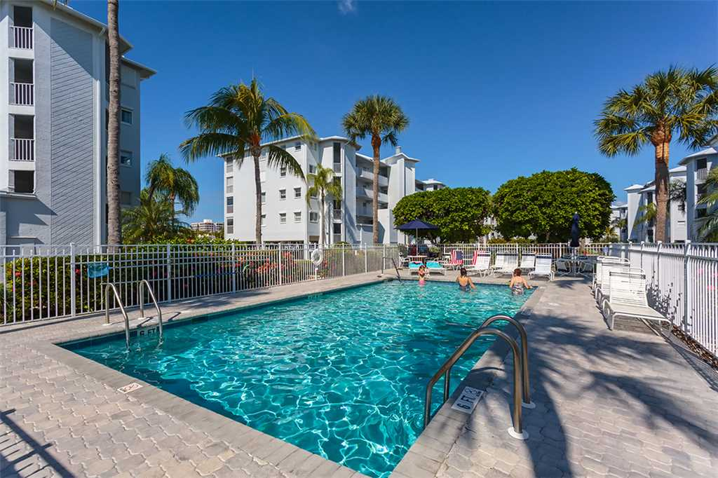 Royal Pelican 293 2 Bedrooms Canal View Elevator Heated Pool Sleeps 5 Condo rental in Royal Pelican Fort Myers Beach in Fort Myers Beach Florida - #22