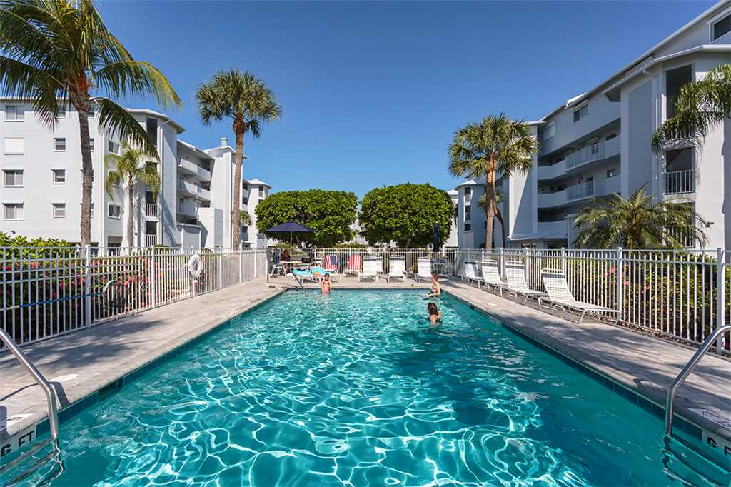Royal Pelican 322 2 Bedrooms Canal View Elevator Heated Pool Sleeps 6 Condo rental in Royal Pelican Fort Myers Beach in Fort Myers Beach Florida - #2