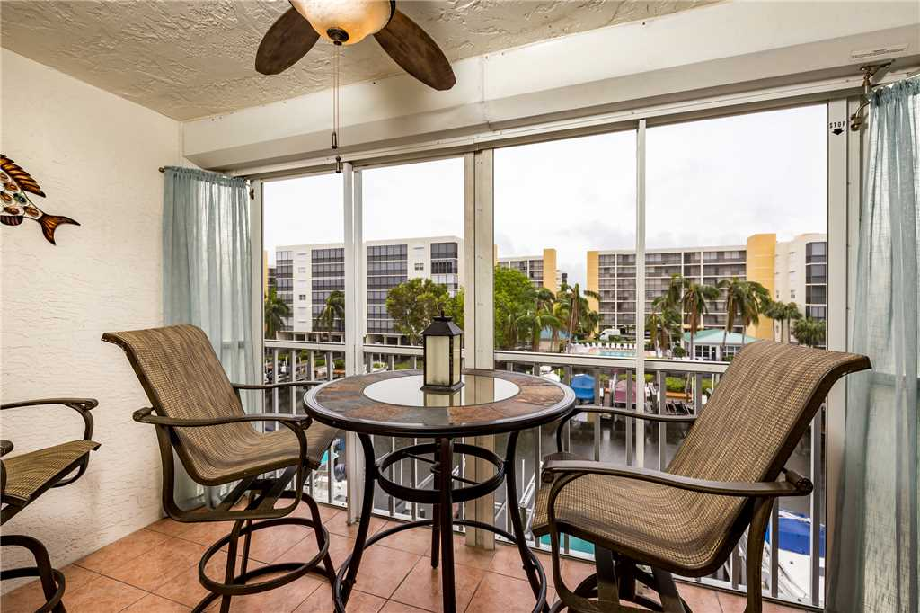 Royal Pelican 322 2 Bedrooms Canal View Elevator Heated Pool Sleeps 6 Condo rental in Royal Pelican Fort Myers Beach in Fort Myers Beach Florida - #3