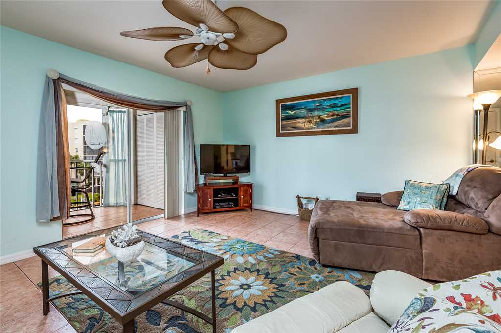 Royal Pelican 322 2 Bedrooms Canal View Elevator Heated Pool Sleeps 6 Condo rental in Royal Pelican Fort Myers Beach in Fort Myers Beach Florida - #4