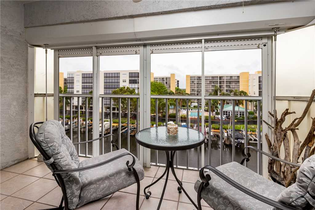 Royal Pelican 322 2 Bedrooms Canal View Elevator Heated Pool Sleeps 6 Condo rental in Royal Pelican Fort Myers Beach in Fort Myers Beach Florida - #18