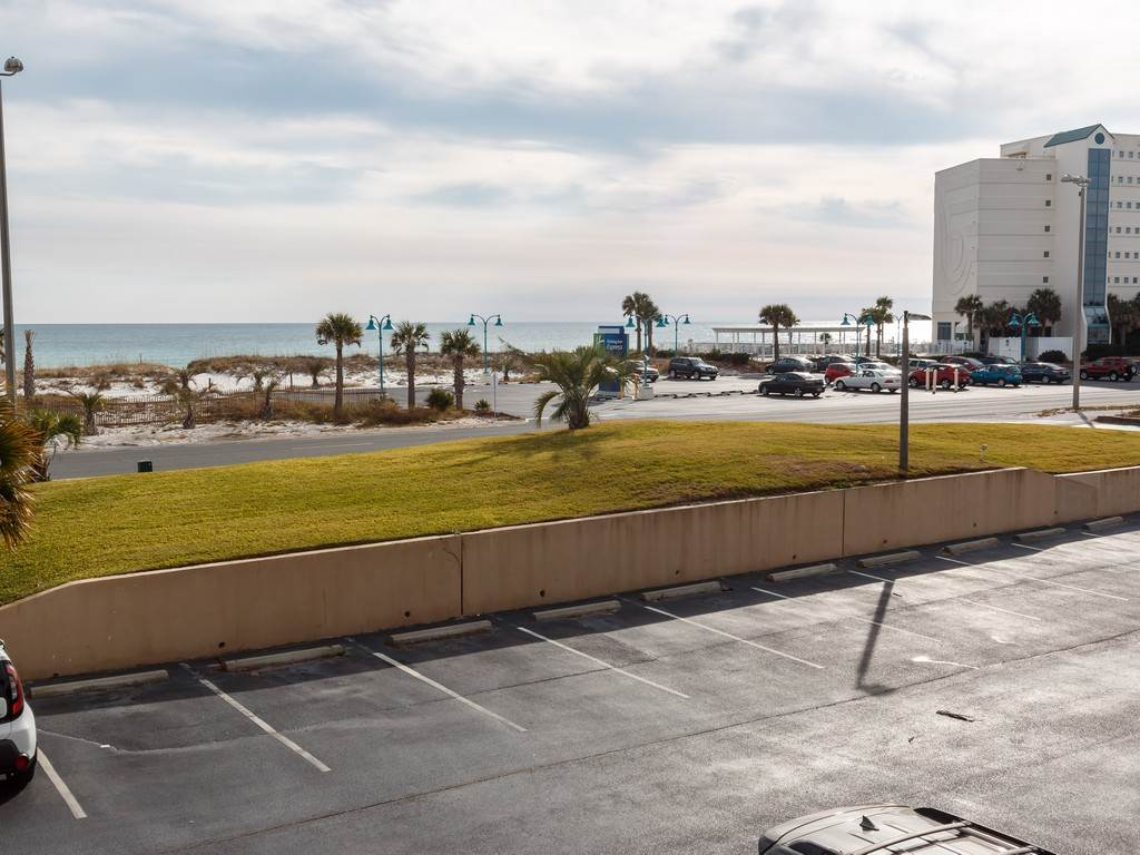 Sabine Yacht & Racquet Club 2G Condo rental in Sabine Yacht & Racquet Club ~ Pensacola Beach Condo Rentals by BeachGuide in Pensacola Beach Florida - #15