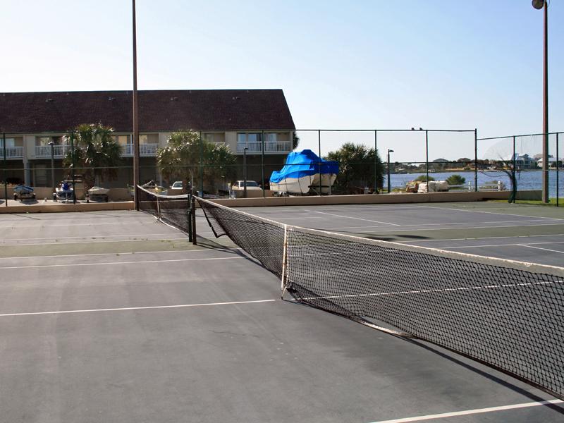 Sabine Yacht & Racquet Club 2G Condo rental in Sabine Yacht & Racquet Club ~ Pensacola Beach Condo Rentals by BeachGuide in Pensacola Beach Florida - #18