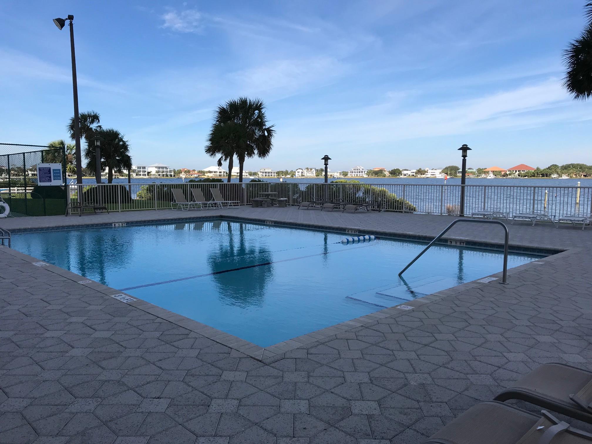 Sabine Yacht & Racquet Club #9D Condo rental in Sabine Yacht & Racquet Club ~ Pensacola Beach Condo Rentals by BeachGuide in Pensacola Beach Florida - #23