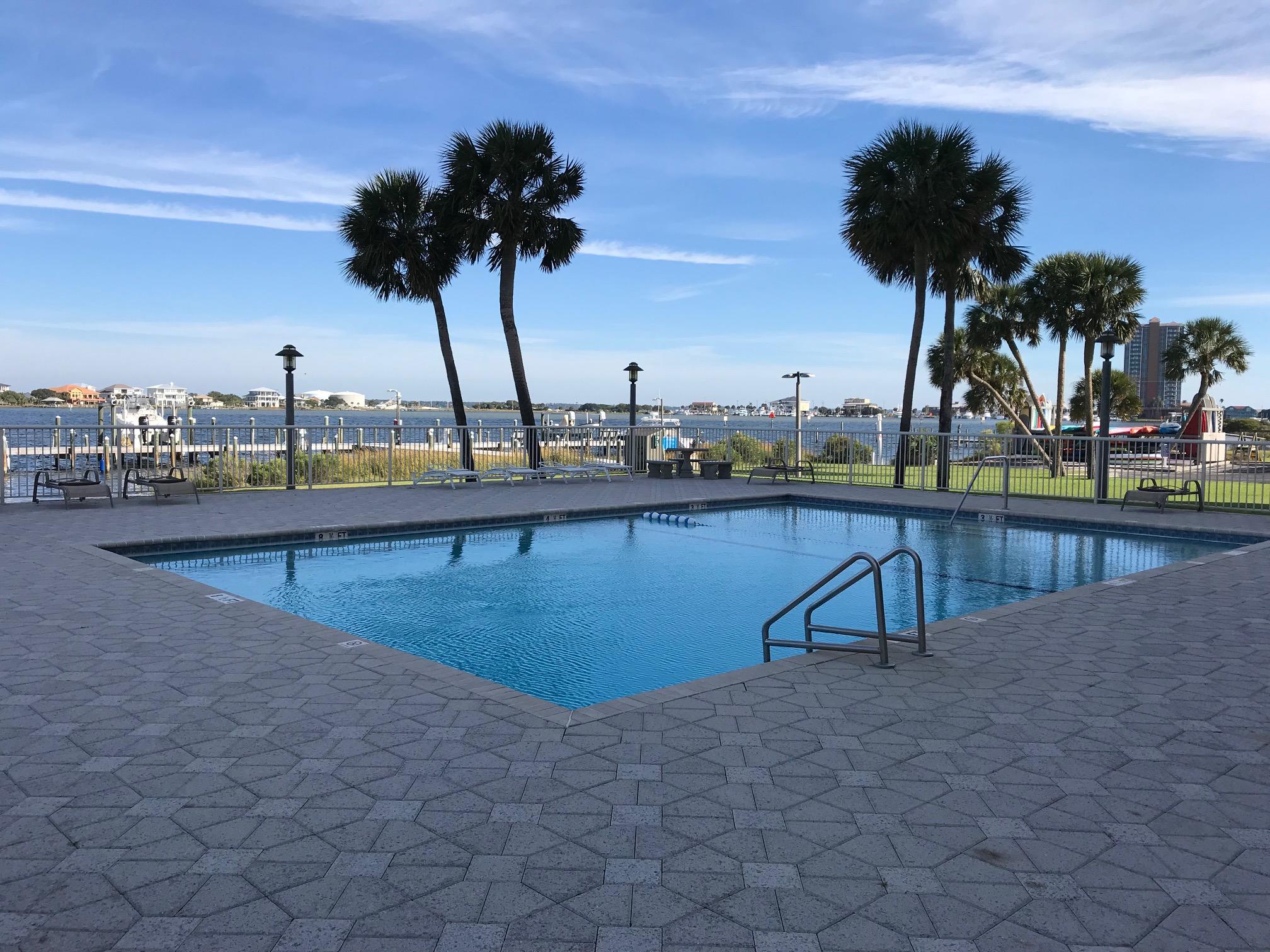 Sabine Yacht & Racquet Club #9D Condo rental in Sabine Yacht & Racquet Club ~ Pensacola Beach Condo Rentals by BeachGuide in Pensacola Beach Florida - #24