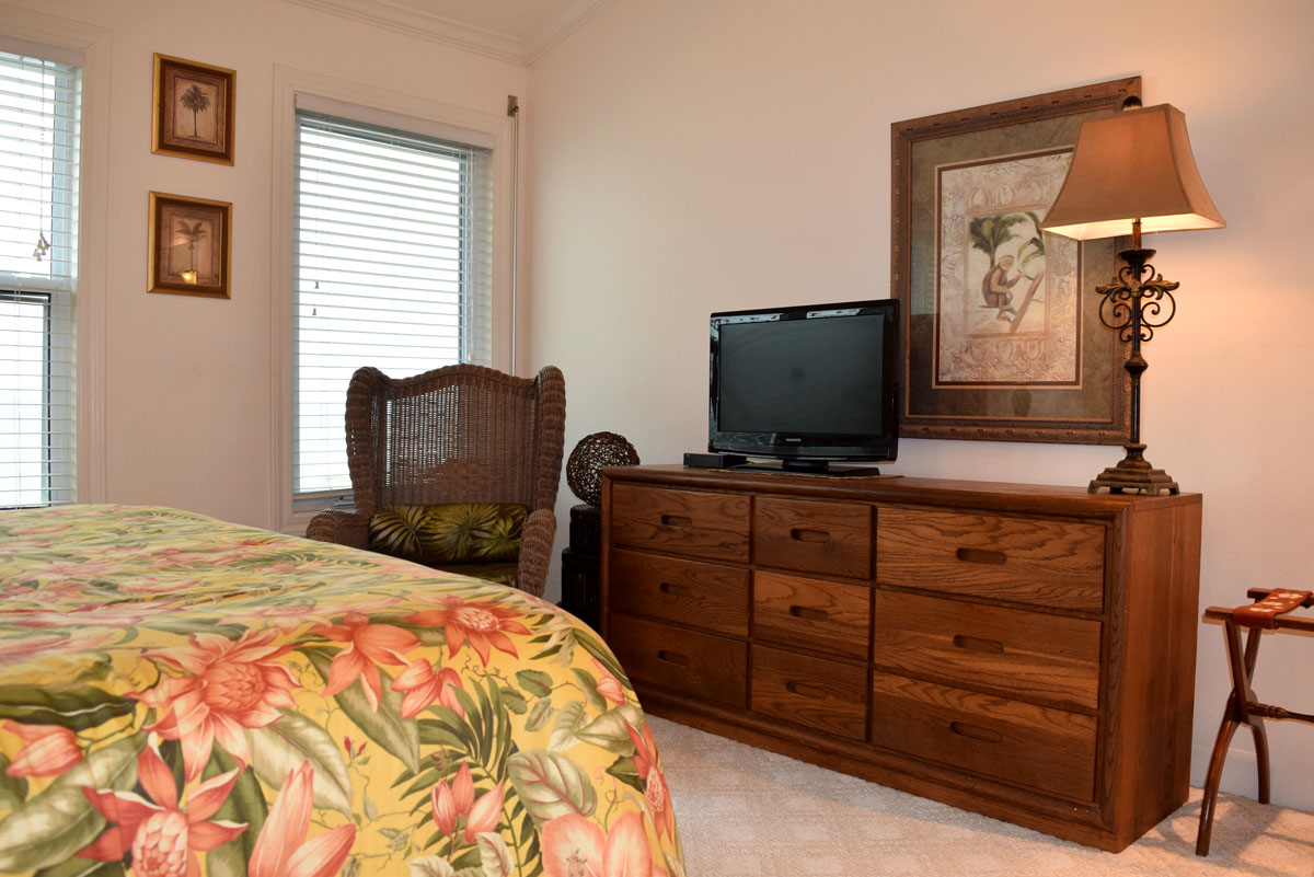 San De Luna #13 Townhouse rental in San DeLuna Pensacola Beach in Pensacola Beach Florida - #14