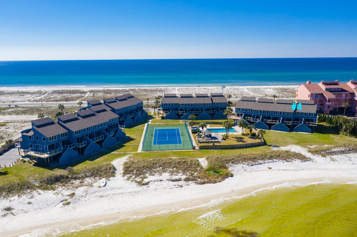 San De Luna #4 Townhouse rental in San DeLuna Pensacola Beach in Pensacola Beach Florida - #2