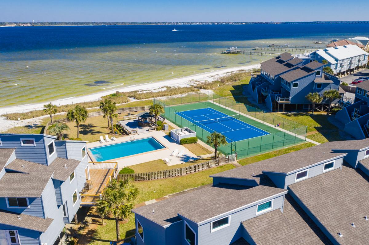 San De Luna #4 Townhouse rental in San DeLuna Pensacola Beach in Pensacola Beach Florida - #38