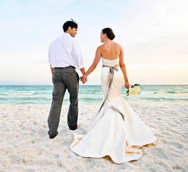 Beach wedding on Sandestin Golf and Beach Resort