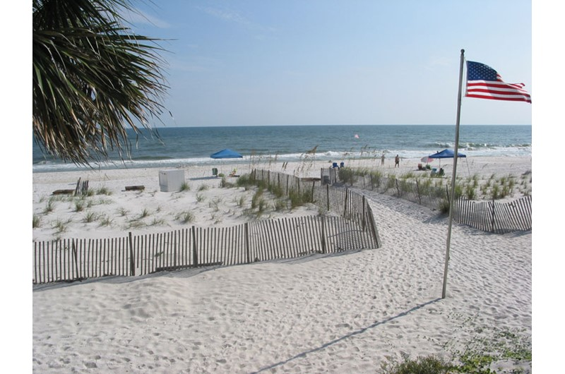 Sandpiper Condominiums has easy access to the beach in Gulf Shores AL