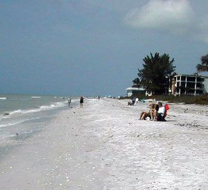Caribe Beach Resort Vacation Condominium Rentals - https://www.beachguide.com/sanibel-captiva-vacation-rentals-caribe-beach-resort-vacation-condominium-rentals-532512.jpg?width=185&height=185