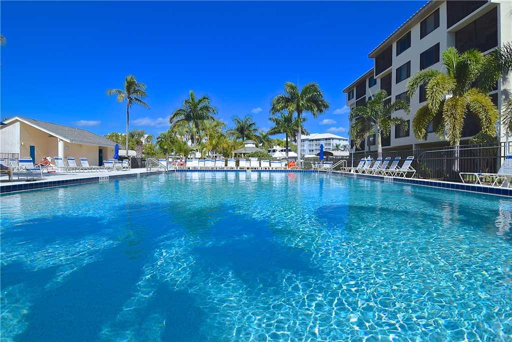 Santa Maria 306 3 Bedrooms Private Boat Dock Pool Access Sleeps 6 Condo rental in Santa Maria Condos Fort Myers Beach in Fort Myers Beach Florida - #2