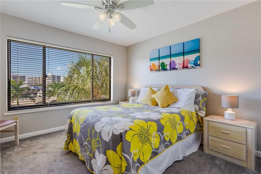 Santa Maria 306 3 Bedrooms Private Boat Dock Pool Access Sleeps 6 Condo rental in Santa Maria Condos Fort Myers Beach in Fort Myers Beach Florida - #19