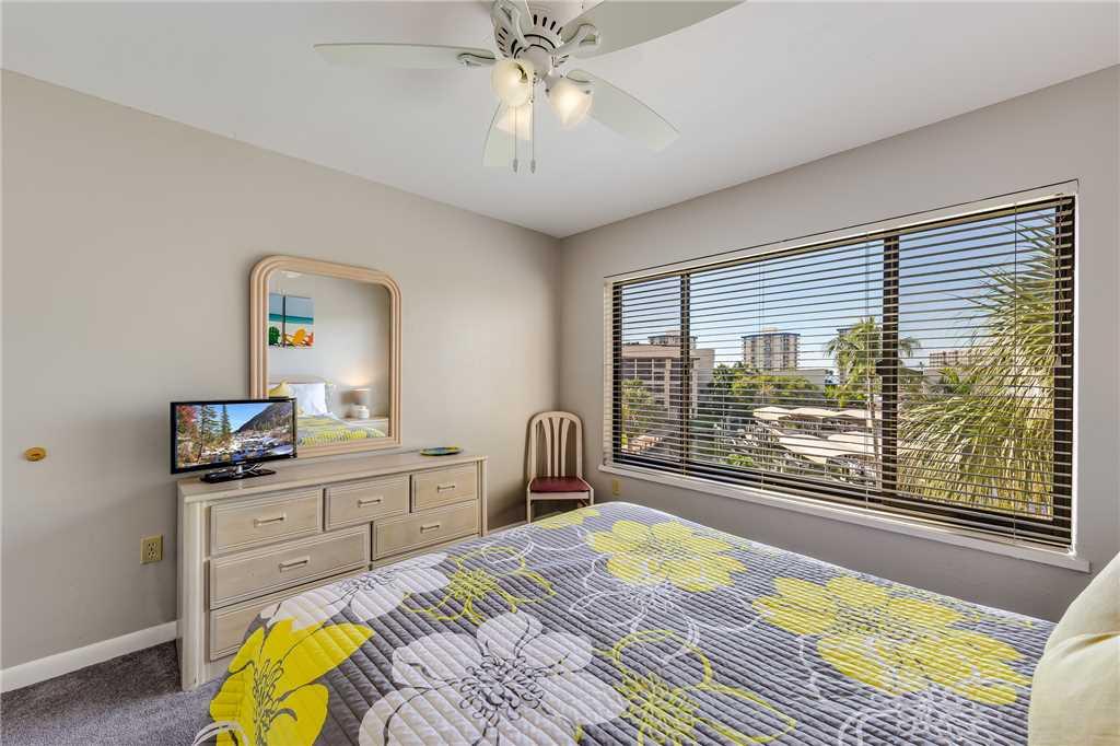 Santa Maria 306 3 Bedrooms Private Boat Dock Pool Access Sleeps 6 Condo rental in Santa Maria Condos Fort Myers Beach in Fort Myers Beach Florida - #20