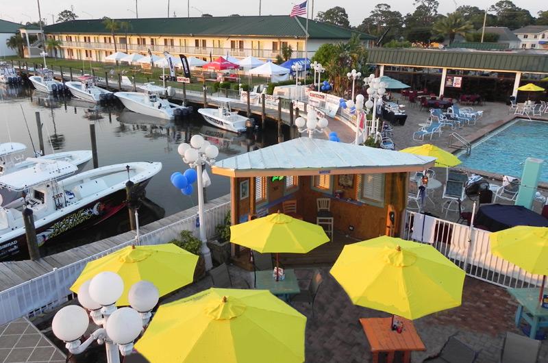 Ramada Sarasota - https://www.beachguide.com/sarasota-vacation-rentals-ramada-sarasota-8736519.jpg?width=185&height=185