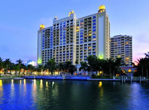 The Ritz-Carlton Sarasota - https://www.beachguide.com/sarasota-vacation-rentals-the-ritz-carlton-sarasota--1726-0-20168-5121.jpg?width=185&height=185