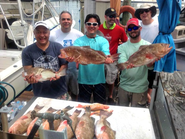 Scales 'N' Tails Charters in Clearwater Beach Florida