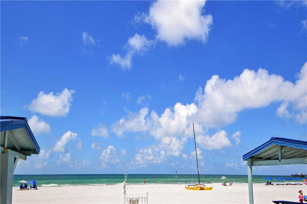 Sea Rocket 2 Studio Ground Floor BBQ Area WiFi Sleeps 4 Condo rental in Sea Rocket in St. Pete Beach Florida - #17