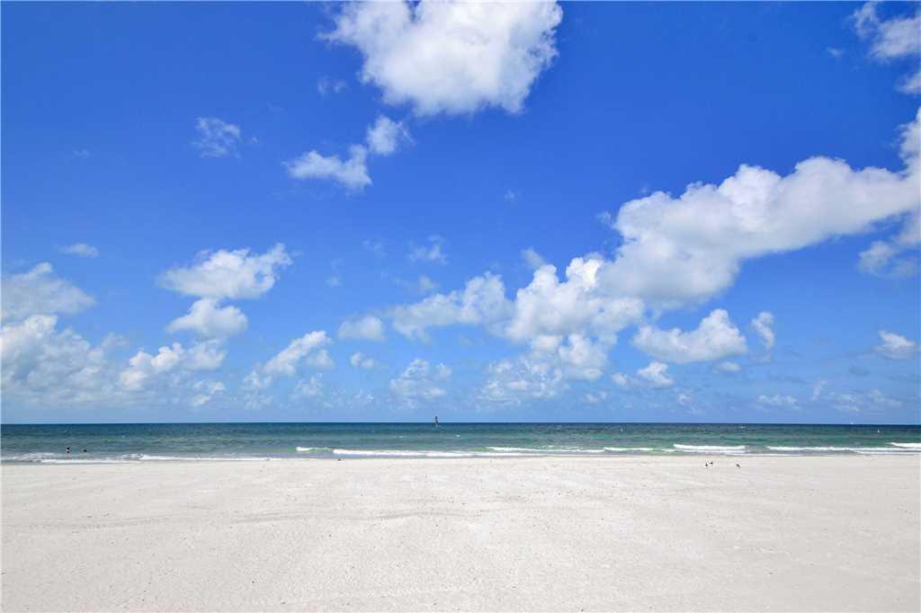 Sea Rocket 2 Studio Ground Floor BBQ Area WiFi Sleeps 4 Condo rental in Sea Rocket in St. Pete Beach Florida - #23