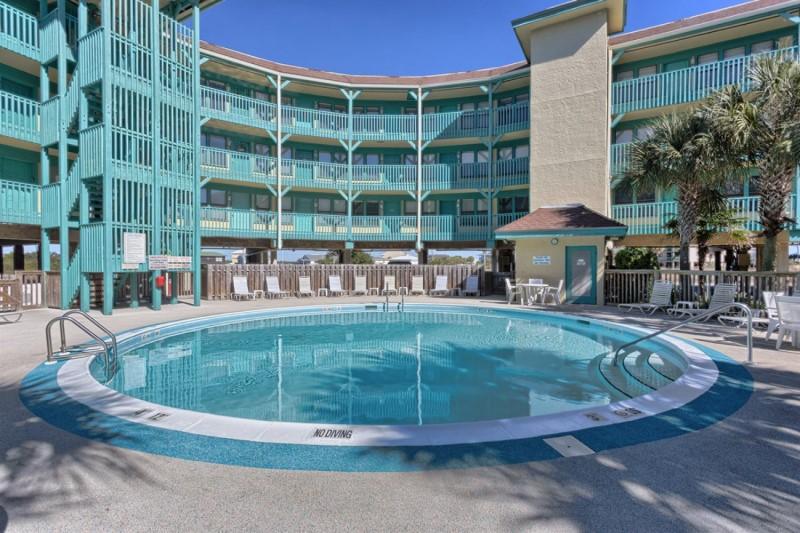 Seabreeze Condominium Pool Gulf Shores Alabama