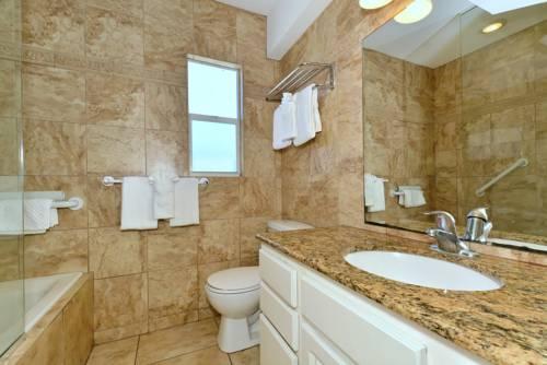 Siesta Beach Resorts And Suites in Sarasota FL 79