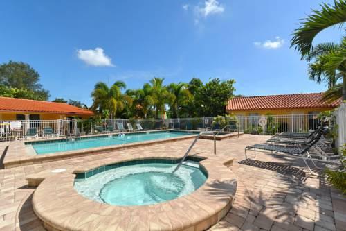 Siesta Beach Resorts And Suites in Sarasota FL 92