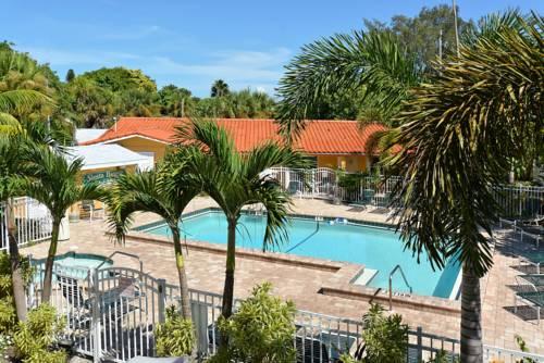 Siesta Beach Resorts And Suites in Sarasota FL 97
