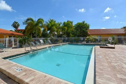 Siesta Beach Resorts And Suites in Siesta Key FL 96