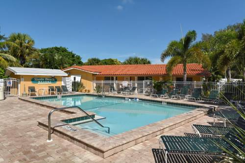 Siesta Beach Resorts And Suites in Siesta Key FL 98
