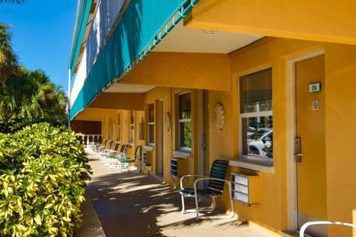 Siesta Beach Resorts And Suites in Siesta Key FL 02