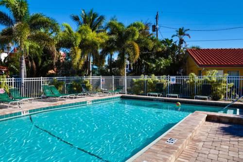 Siesta Beach Resorts And Suites in Siesta Key FL 03