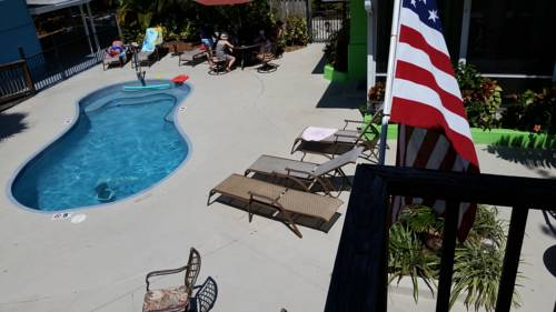 Flip Flop Cottages - Siesta Key - https://www.beachguide.com/siesta-key-vacation-rentals-flip-flop-cottages---siesta-key--1774-0-20171-5121.jpg?width=185&height=185