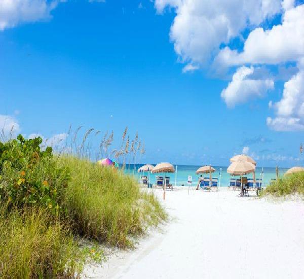 Tropical Beach Resorts in Siesta Key Florida