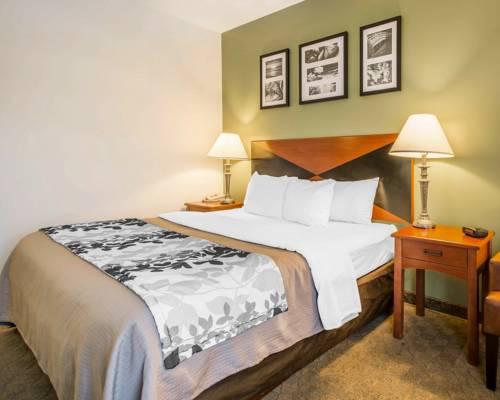 Sleep Inn & Suites Panama City Beach in Panama City Beach FL 54