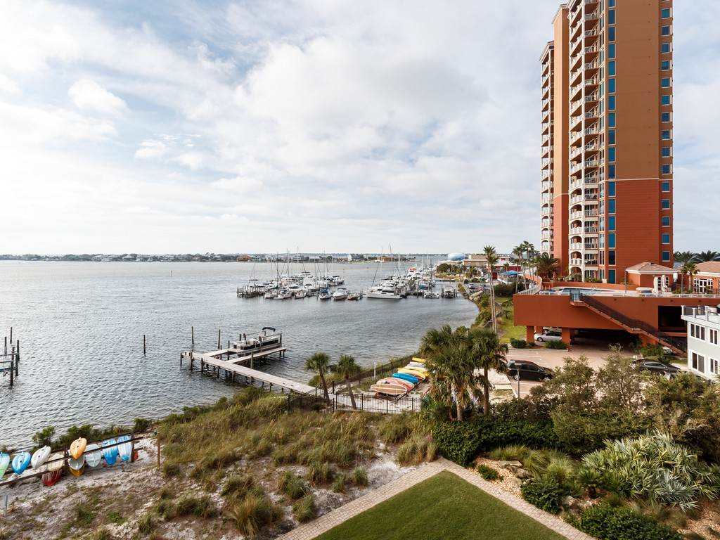 South Harbour 04C Condo rental in South Harbour ~ Pensacola Beach Vacation Rentals by BeachGuide in Pensacola Beach Florida - #8