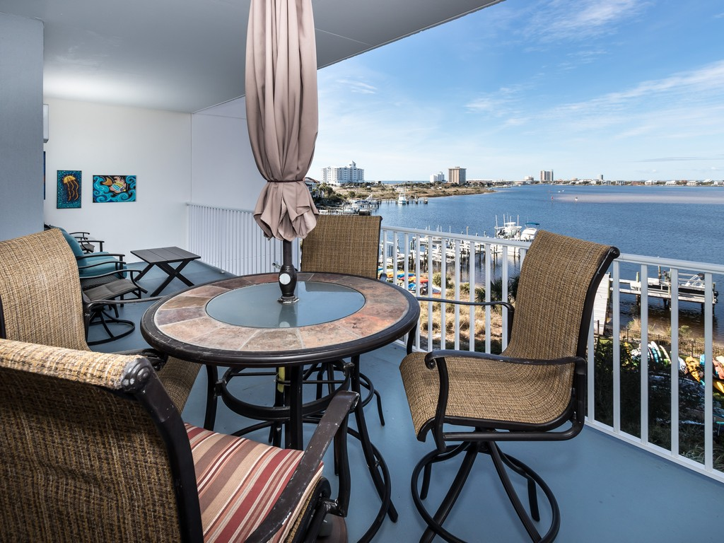 South Harbour 04F Condo rental in South Harbour ~ Pensacola Beach Vacation Rentals by BeachGuide in Pensacola Beach Florida - #4