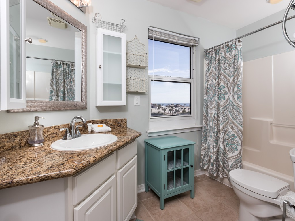 South Harbour 04F Condo rental in South Harbour ~ Pensacola Beach Vacation Rentals by BeachGuide in Pensacola Beach Florida - #16