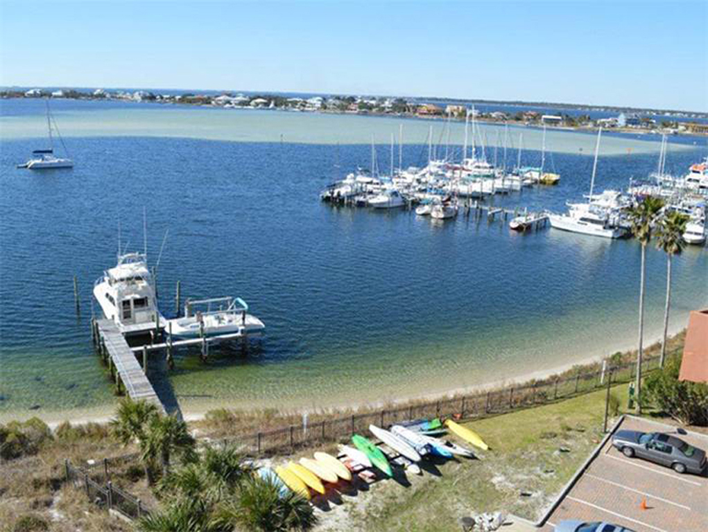 South Harbour 04F Condo rental in South Harbour ~ Pensacola Beach Vacation Rentals by BeachGuide in Pensacola Beach Florida - #23