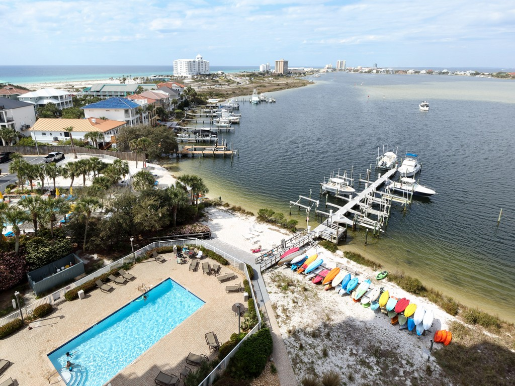 South Harbour 08C Condo rental in South Harbour ~ Pensacola Beach Vacation Rentals by BeachGuide in Pensacola Beach Florida - #6