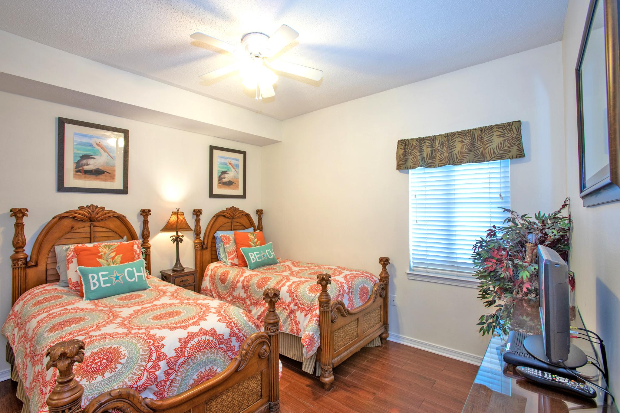 South Harbour #7E Condo rental in South Harbour ~ Pensacola Beach Vacation Rentals by BeachGuide in Pensacola Beach Florida - #5
