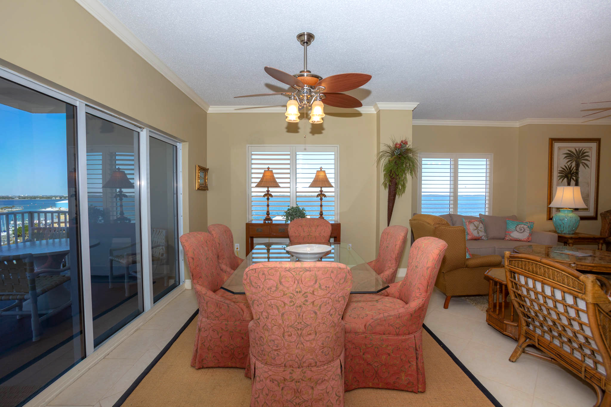 South Harbour #9F Condo rental in South Harbour ~ Pensacola Beach Vacation Rentals by BeachGuide in Pensacola Beach Florida - #14