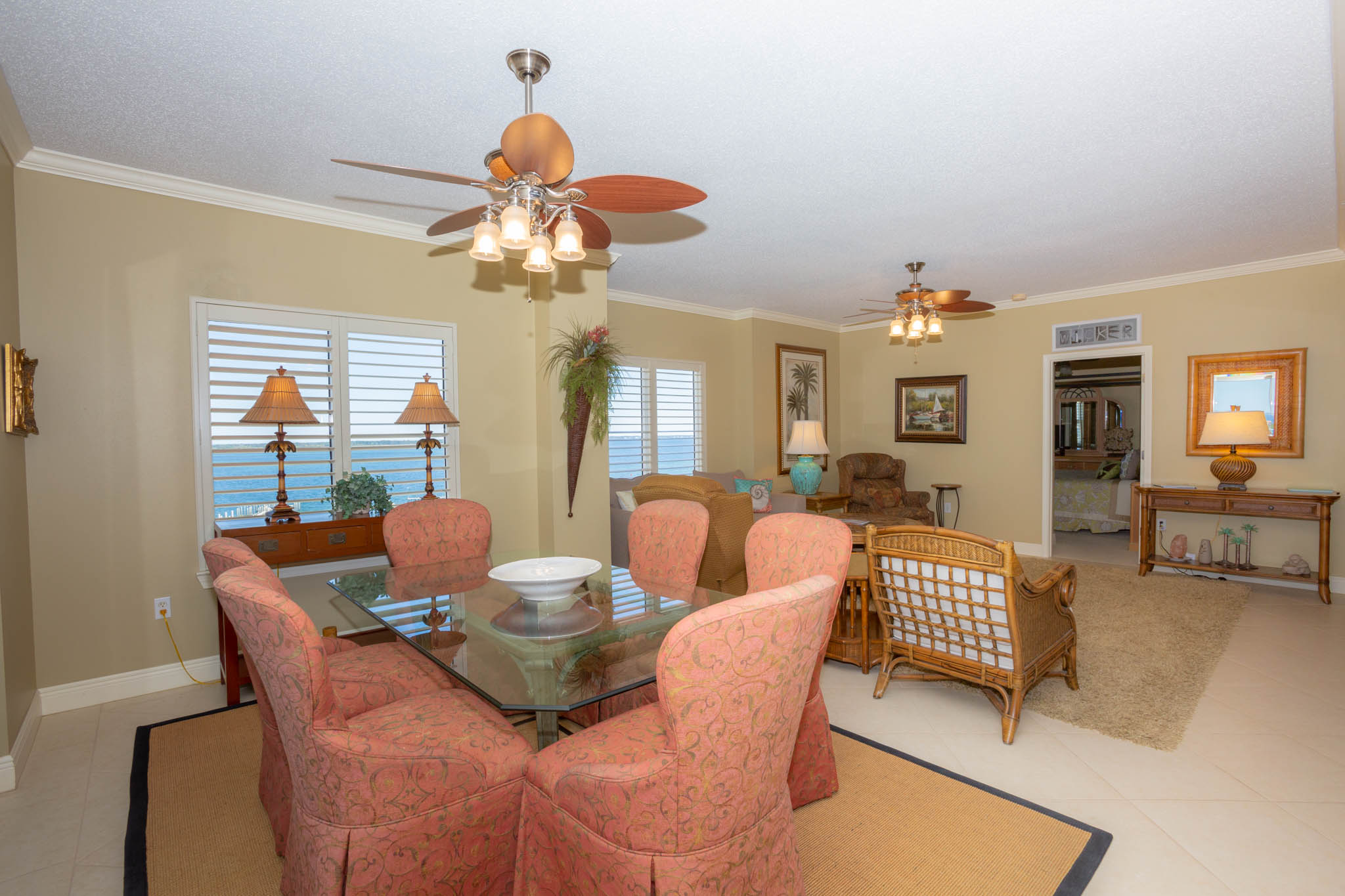 South Harbour #9F Condo rental in South Harbour ~ Pensacola Beach Vacation Rentals by BeachGuide in Pensacola Beach Florida - #15