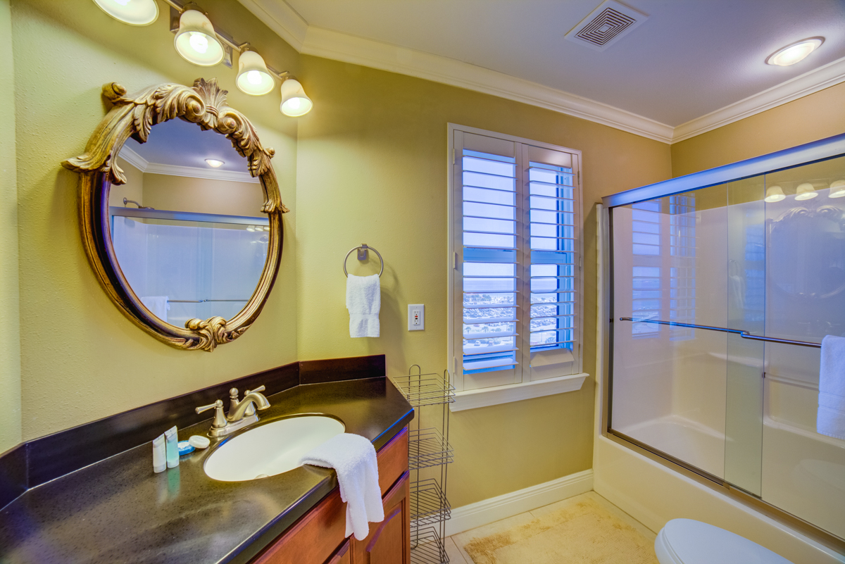South Harbour #9F Condo rental in South Harbour ~ Pensacola Beach Vacation Rentals by BeachGuide in Pensacola Beach Florida - #25