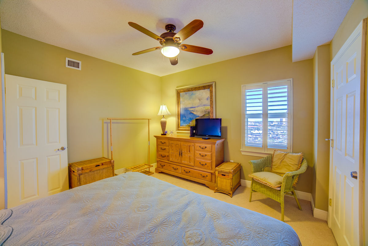 South Harbour #9F Condo rental in South Harbour ~ Pensacola Beach Vacation Rentals by BeachGuide in Pensacola Beach Florida - #31