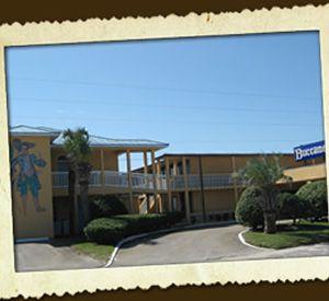 Buccaneer Inn - https://www.beachguide.com/st-george-island-vacation-rentals-buccaneer-inn-8365530.jpg?width=185&height=185